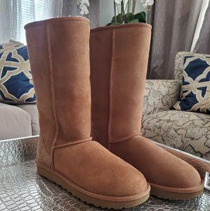 UGG: Classic II tall boots